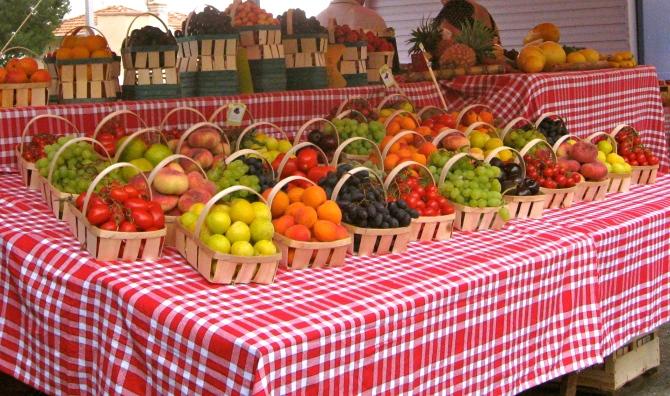 Roadside marché - Fresh produce - South of France, July 2013